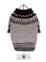 Balmoral Wool Sweater - A modern version of a traditional style finished with a crew neck and Ideal for summer or winter, resurrected for the catwalk for 2011 and a big hit in all the big city's of New York, Paris, Rome and London. The natural wool in this sweater allows your dog's skin to breathe whatever the weather and...